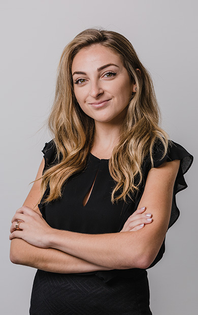 Dr. Anabel Hyzler
